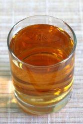 Stinger cocktail in rocks glass