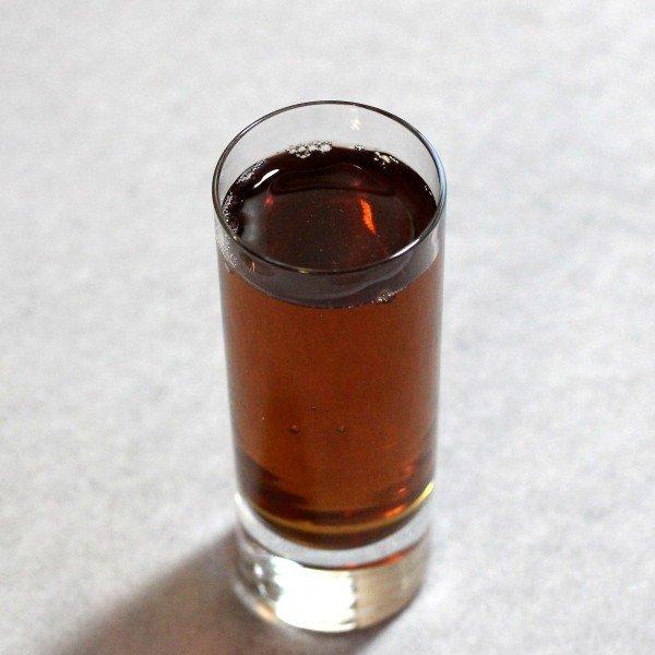 Godmother drink recipe: Vodka and Amaretto