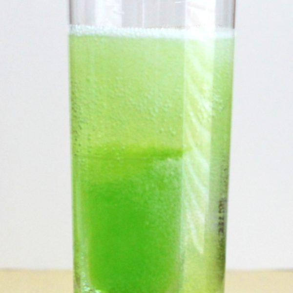 The Mountain Dew Cocktail recipe blends Midori with vodka, 7-up and, optionally, beer. It tastes like Mountain Dew, but with a kick. #mountaindewcocktail #midoridrinks #vodkadrinks #midoricocktails #vodkacocktails #drinkrecipes #cocktailhour