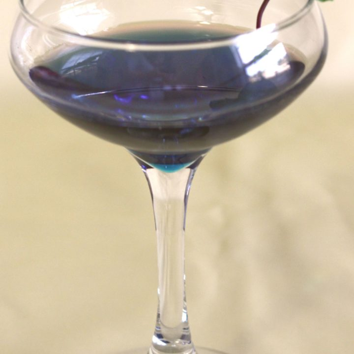 Garnet Crow cocktail with mint sprig