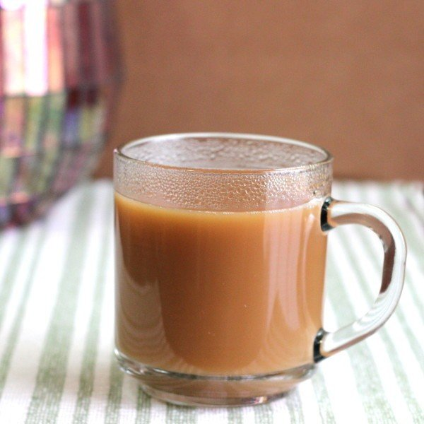 Tea Toddy drink recipe with Earl Grey tea, sugar, Carolan's and scotch.