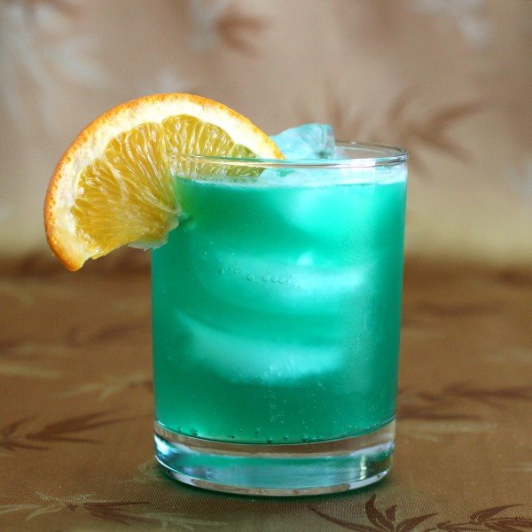 Chameleon cocktail mix that drink for Orange and blue cocktails
