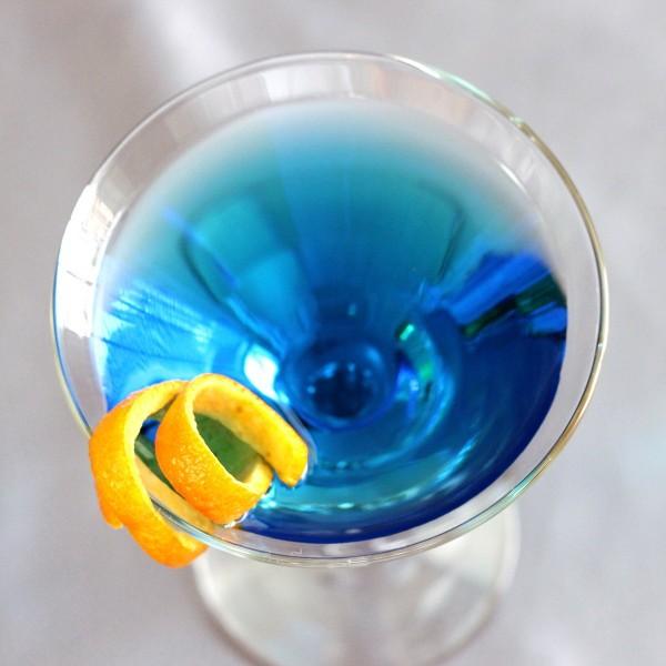El Caribe (Caribbean Martini) recipe: Bicardi Limon, Blue Curacao, Cointreau