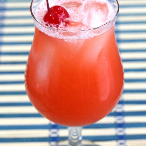Banilla Splash drink recipe: creme de banane, vanilla vodka, orange juice, cranberry juice