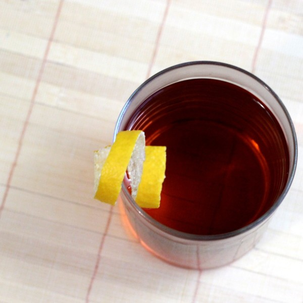 Sazerac cocktail recipe: Absinthe, Peychaud Bitters, Rye Whiskey and a sugar cube