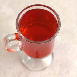 Heated Cape Cod drink recipe: vodka and cranberry juice, served warm.
