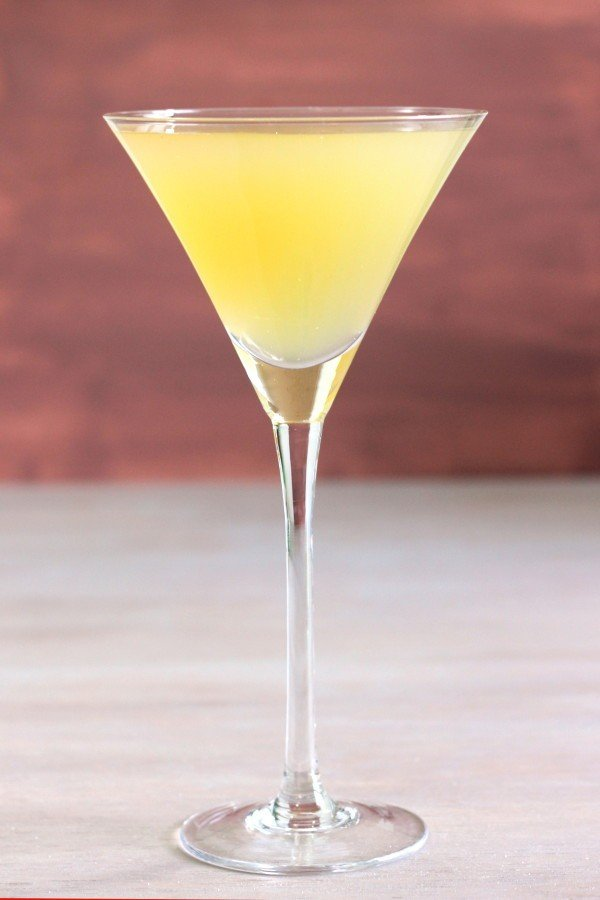 Oakland Cocktail recipe with vodka, fresh orange juice and dry vermouth.