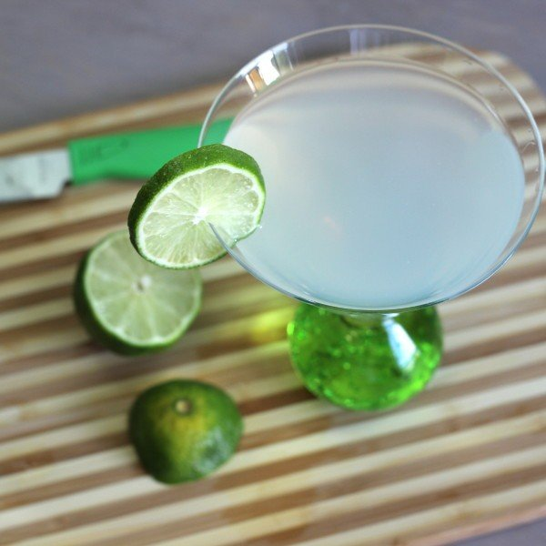 Tropical Rum drink recipe with Malibu Mango, Malibu Coconut and lime.