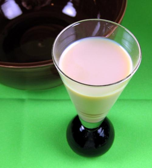 Copper Camel drink recipe - Bailey's and Butterscotch Schnapps