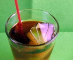 Elf Tea drink recipe - Peppermint Liqueur, Iced Tea, Lemon, Sugar
