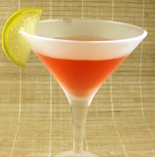 Hollywood drink recipe - Vodka, Chambord, Triple Sec, Rose's Lime