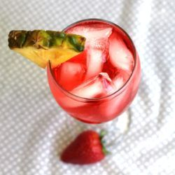 Gin Squirt drink recipe: Gin, Grenadine, Carbonated Water