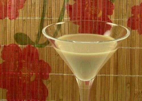 Fluffy Dog drink recipe - Cointreau, Baileys Irish Cream