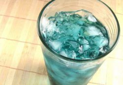 Italian Ice drink recipe - Vodka, Blue Curacao, Chambord, Sour Mix, 7-Up