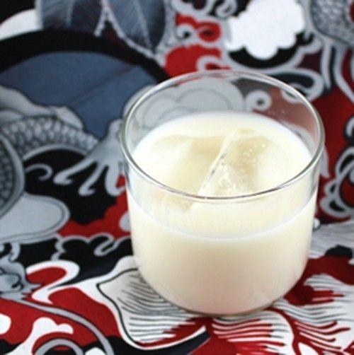 Coconut Frappe drink recipe - Baileys, Malibu Rum, Milk