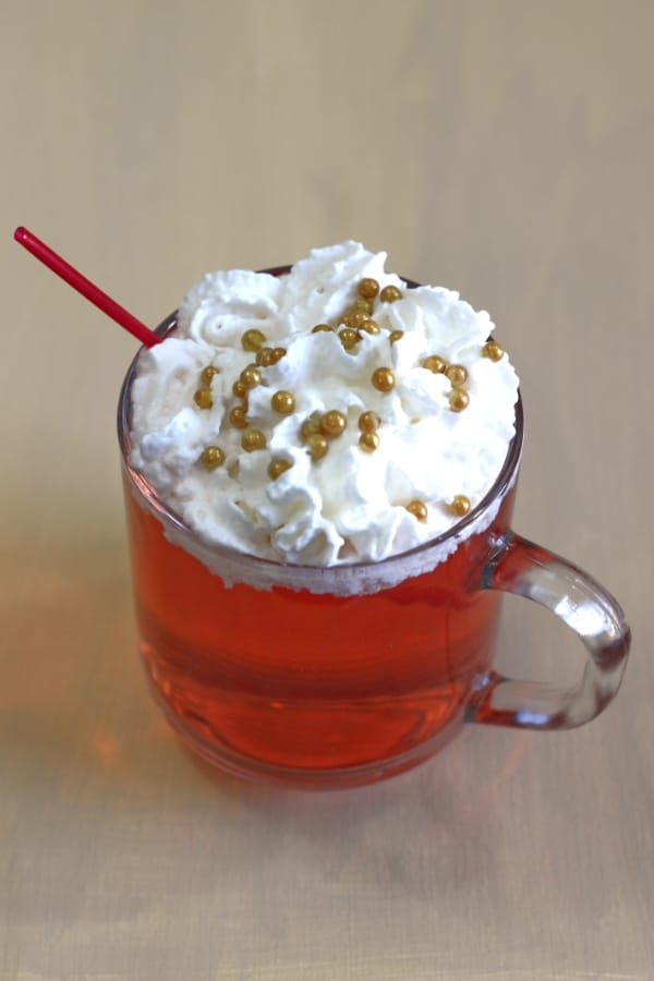Red Rudolph Christmas drink recipe
