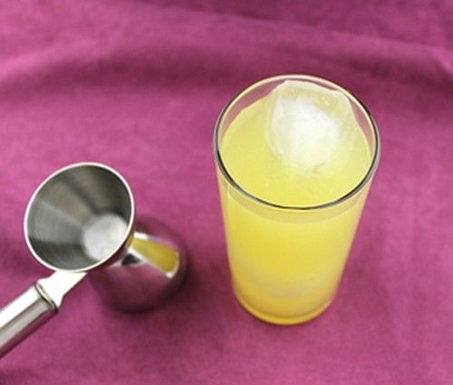 Top Banana drink recipe - Creme de Banane, Vodka, Orange Juice