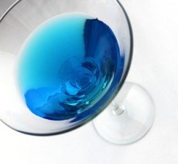 Fergusson's Frolic drink recipe - Gin, Peach Schnapps, Blue Curacao