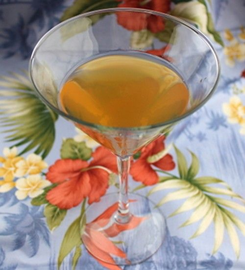 Misty drink recipe - Apricot Brandy, Creme de Bananes, Cointreau, Vodka