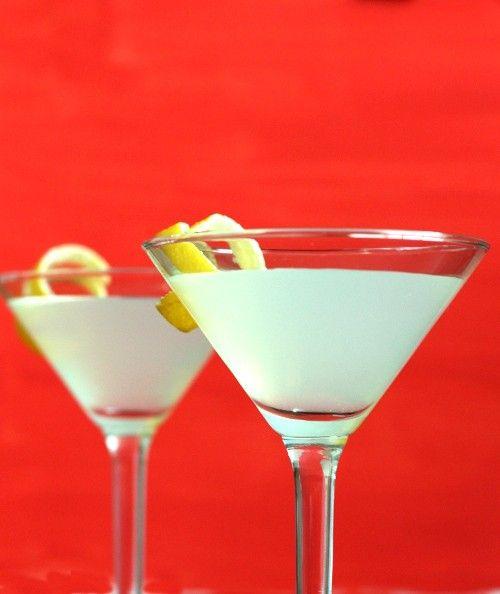Ranger drink recipe - White Rum, Gin, Lemon Juice, Gomme Syrup