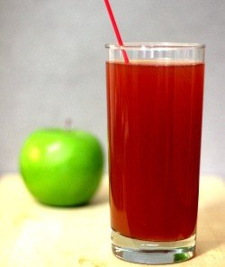 Jack's Apple drink recipe - Scotch, Apple Juice, Campari