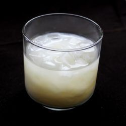 Blonde on Ice drink recipe - Creme de Banane, Peppermint Schnapps, Vodka, Cream