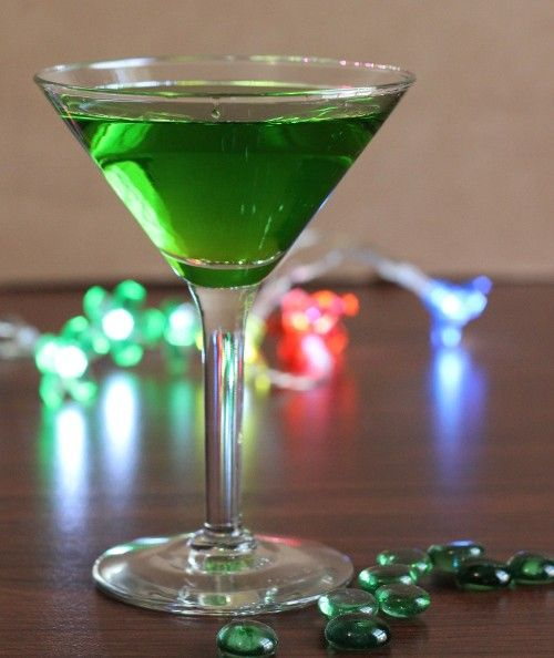 Evil Tongue drink recipe - Gin, Midori, Sour Mix, 7-Up