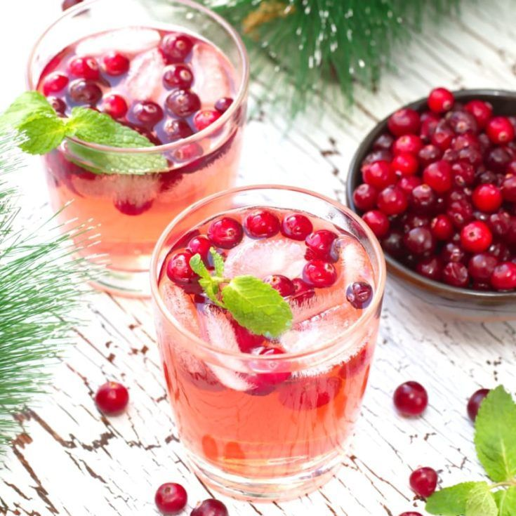 Mistletoe Martini Cranberry Christmas Cocktail