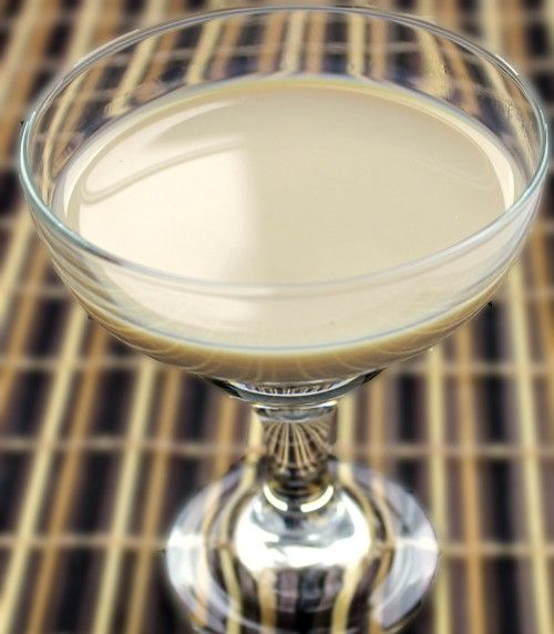 Sandbar Sleeper drink recipe - Absolut Vodka, Baileys, Kahlua, Frangelico, 2% Milk