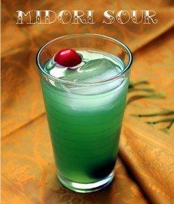Midori Sour drink recipe - Midori, Whiskey, Lemon, Sprite