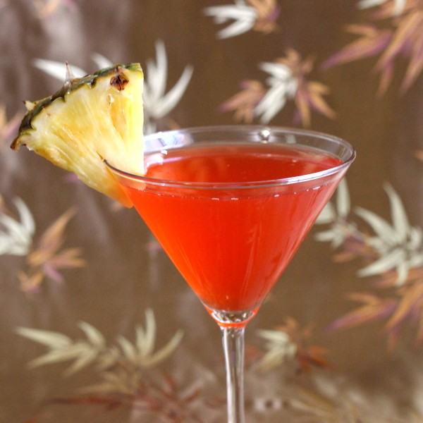 Malibu Bay Breeze drink recipe: Malibu Coconut Rum, Cranberry, Pineapple