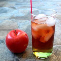 Washington Apple Cocktail recipe: Crown Royal, Sour Apple Pucker, cranberry juice