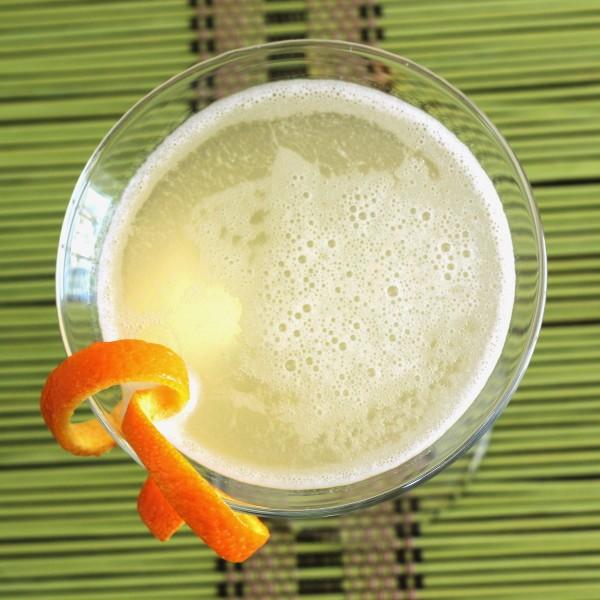 Gin Aloha Cocktail recipe: Cointreau, gin, pineapple juice, orange bitters