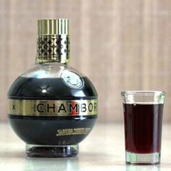 What does Chambord taste like?