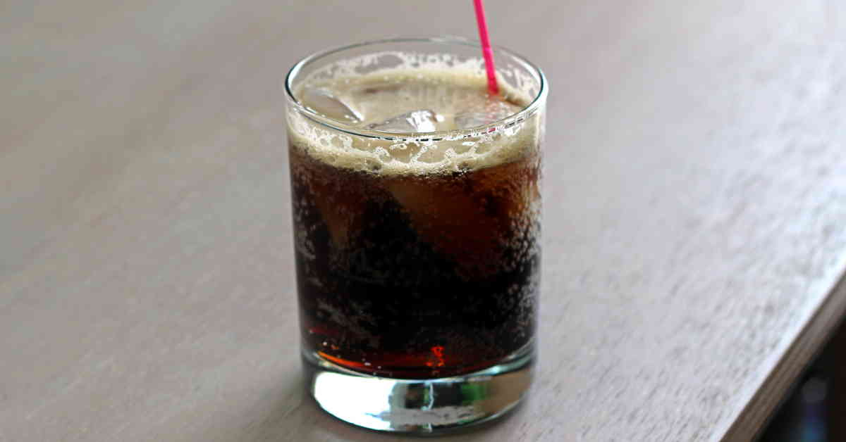 Long Black Russian Cocktail Recipe Mix That Drink