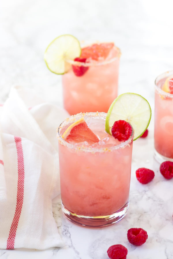 Raspberry-Grapefruit-Margaritas_-2