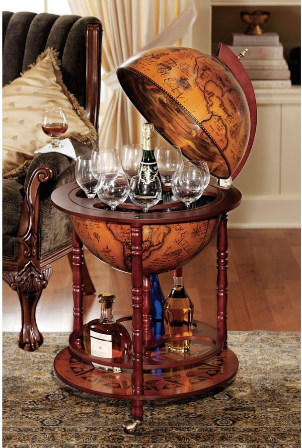 Sixteenth-Century Italian Replica Globe Bar