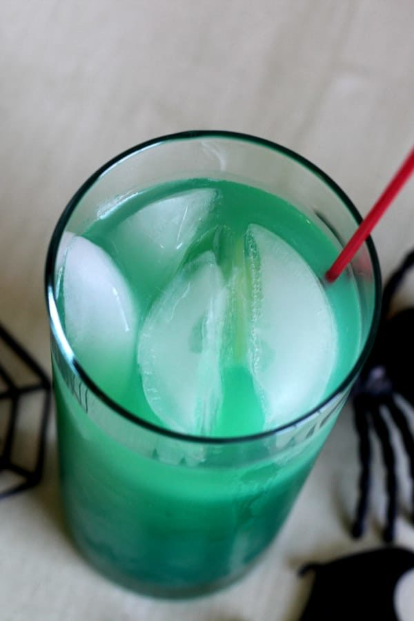 Green cocktail with ice
